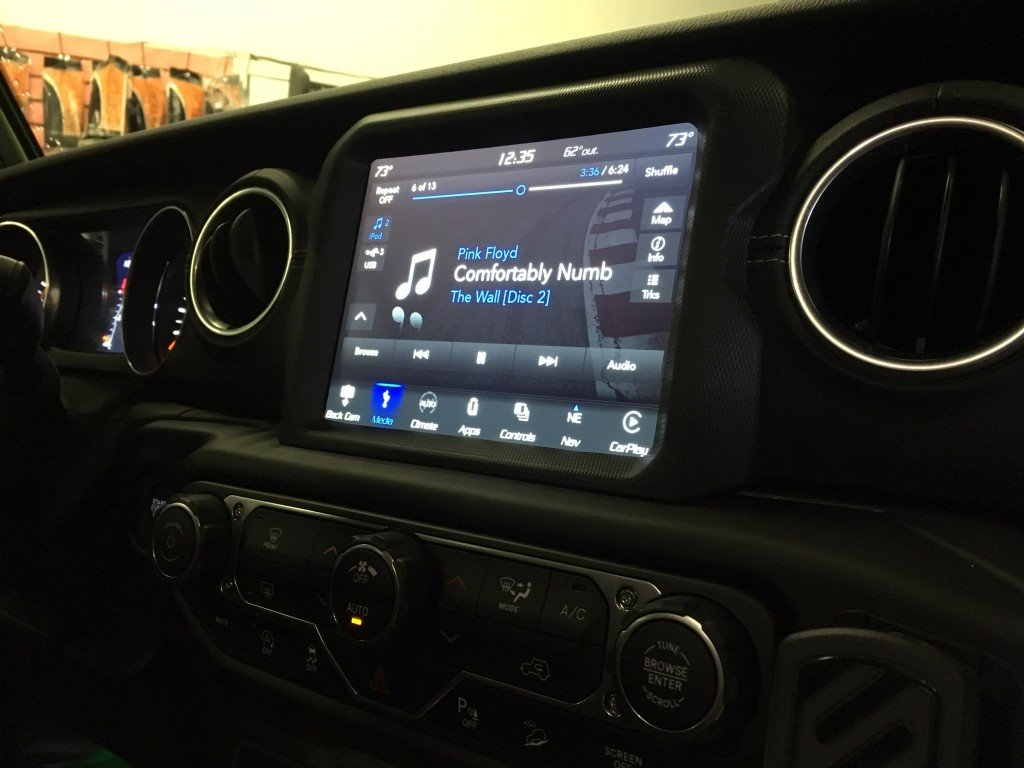 Radio for jeep wrangler